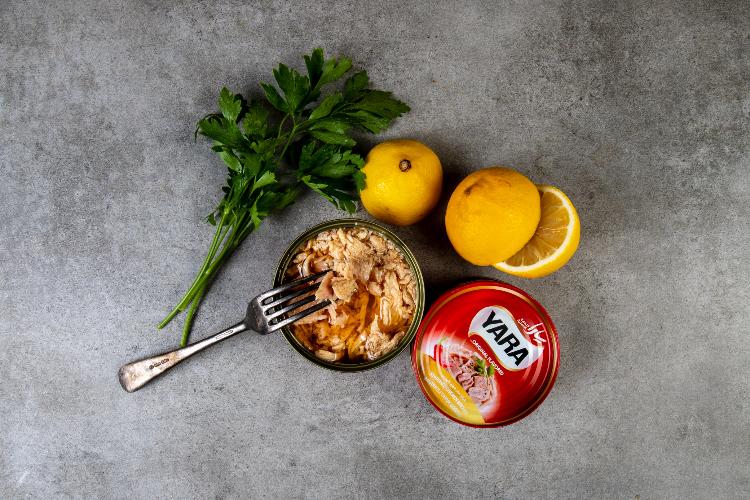 Yara Acılı Tavuk Göğsü  Fileto Konservesi 160 Gr.-DİYARTK Gıda İthalat İhracat ve San. Tic. Lim. Şti.